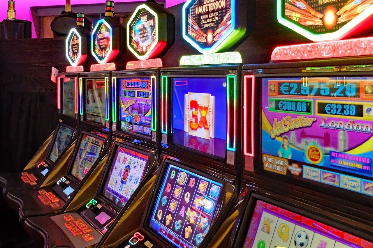 Prime Tricks To Build Your Online Gambling